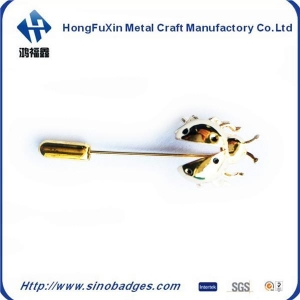 China Insect Cool Suit Metal Long Brooch Chest formal Corsage Label PIN Clothing Ornaments on sale