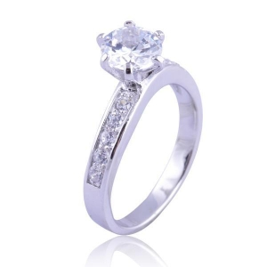 China Fancy Style Single Big CZ Diamond 925 Sterling Silver Engagement Ring on sale