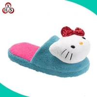 China Fluffy Cute Cartoon Japanese Indoor Plush Hello Kitty Slippers on sale