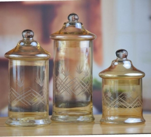 China Custom Colorful Glass Storage Containers And Glass Jar From Daxi Houseware on sale
