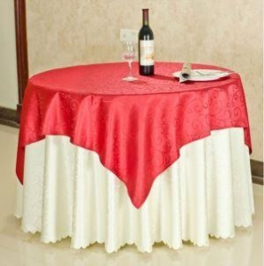 China Custom Size Polyester Jacquard Table Cloth and Embroidery Fitted Table Cloth for Sale on sale