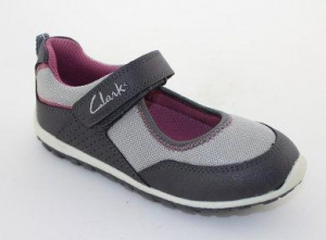China Kid's shoes Clarks Comfort Casual Shoes on sale