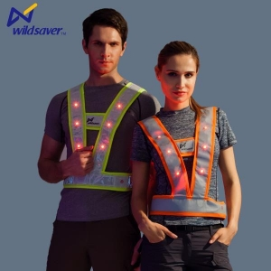China Unique Design Protective LED Police Wear Flashing Warning Police Uniforms on sale