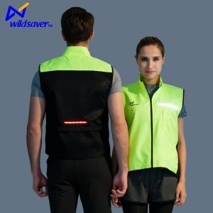 China New Design LED Flashing Cycling Biking Team Sportswear Clothing for Men and Women on sale