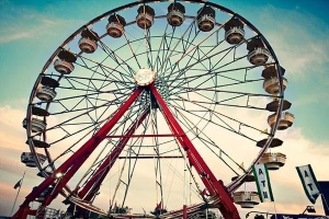 China Inflatable Rides Giant Ferris Wheel For Sale on sale