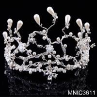 China Handmade Bridal Wedding Tiara With Crystal Pearl Gold Wedding Hair Accessory Jewelry on sale