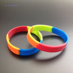 China Silicone Wristbands QY-007 Segmented silicone wristbands on sale
