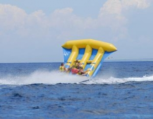 China Plush Costume Inflatable flyfish Flyboat 6 persons slide sled banana boat Flying Banana Boat on sale