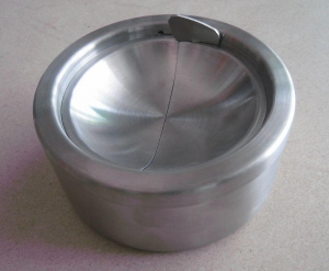 China Metal table ashtray FTA1510 Stainless Windproof Ashtray on sale