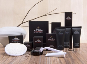 China Hotel Amenities with Customized Logo Natural Luxury Hotel Amenities Kit Hotel Room Guest Supplies on sale
