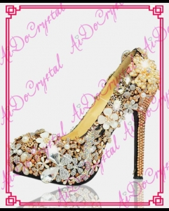 China Aidocrystal Luxurious fashion Rhinestone wedding shoes ladies sexy Champagne gold high heel shoes on sale