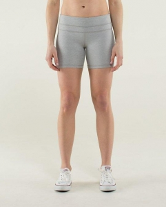 China Activewear Yoga short630402 on sale