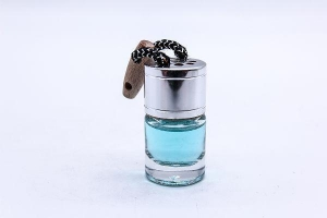 China Metal Cap 8ml Hanging Essential Oil Car Diffuser Bottle on sale