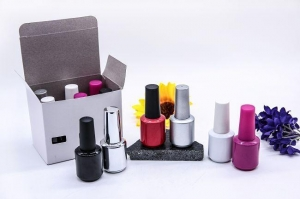 China 15ml Empty Color Painting UV Gel Nail Polish Bottles with Brush and Gold Cap on sale