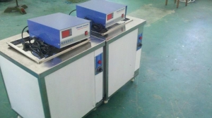 China Ultrasonic cleaning transducer 40khz/80khz Multi-frequency Ultrasonic generator on sale