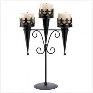 China Wholesale Candle Medieval Triple Candle Stand on sale