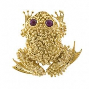 China Toad Brooch 18 Karat Gold and Ruby on sale