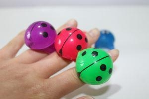 China Popular With The Children Of The Beetle Ring Capsule Toys Flash Toys on sale