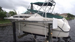 China Power Boats 1998 Chaparral Signature 27 on sale