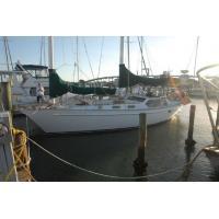 Power Boats 1985 Freedom Yachts 39 Pilot House