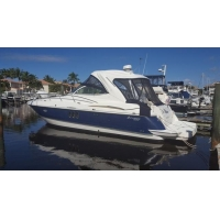 Power Boats 2006 Cruisers Yachts 420 Express IPS Diesel