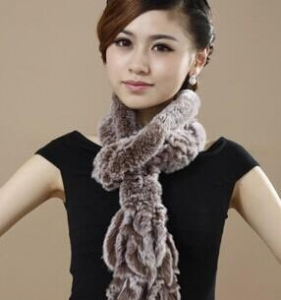 China SC-1 Fur Rex Rabbit Fur Hand knitted Scarf on sale