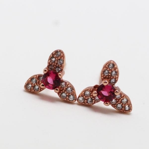 China 925 sterling silver wholesale fashion light ear stud on sale