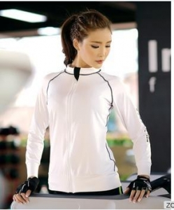 China Fashionable Design Fitness Yoga Wear Tops Sexy Women Body Fit Surcoat on sale