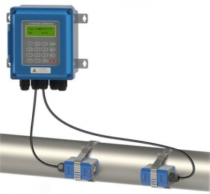 China Non-contact Ultrasonic Flow Meter for Fluid Waste Water Monitors on sale