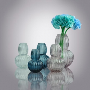 China Small Glass Bud Vases|solid Color Mini Flower Glass Vases Bulk Wholesale on sale