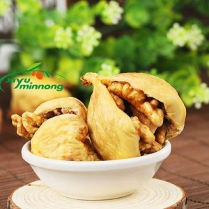 China Fig with Walnut Kernel Dried Nuts Organic Fragrant and Sweet Wholesale Suppliers on sale