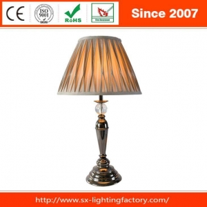 China Antique Metal Plating Black Nickle Crystal Ball Table Lamp on sale