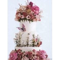 China Delicious and beautiful wedding cake selection strategies on sale