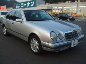 China Mercedes E320 on sale
