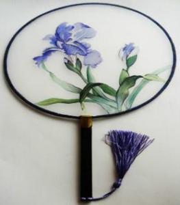 China Chinese silk hand fan bamboo hand fan ladies folding hand fan on sale