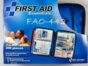 China 299 Pieces Emergency First Aid Kit FAO-442 3999 Save $ 1200 on sale