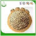 China Warm and Lovely Puppy Beds Dog Beds for Sale Dog Sofa on sale