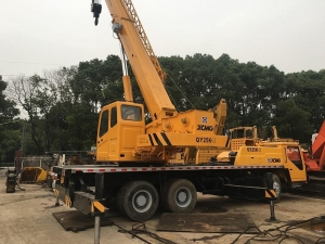 China Used Truck Cranes used 25ton truck crane XCMG QY25K-II on sale