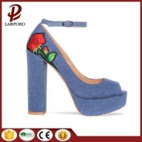 best selling high heel embroidery flower sandals