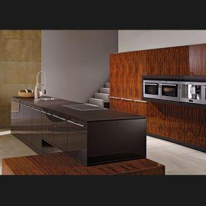 China Standard Kitchen Cabinet UV Kitchen Set with Lacquered Kitchen Sink Cabinet on sale