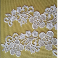 100% Polyesther square crocheted embroidery lace in pair