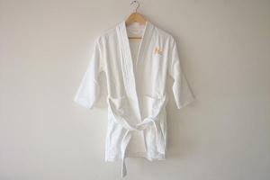 China Pure white customzed velvet kids spa bathrobe uk, hotel bathrobes wholesale on sale