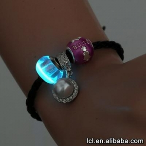 China Braided rope leather charm bracelet, hot sale glow in the dark bracelet on sale