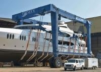 China Boat Travel Lift, for Maintenance or Clean Work in Harbour and Aquatic Clubs on sale