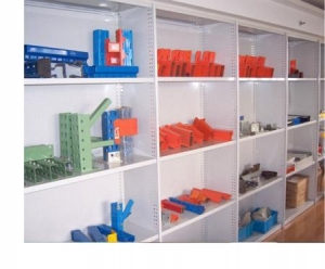 China Rolled Upright Shelving on sale