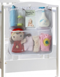China Baby Crib Hanging Nursery Organizer with Photo Pockets for Kindergarten on sale