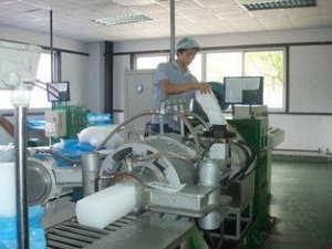 China High Technical Rubber Strainer Machine , Rubber Strainer Extruder Water Cooling on sale