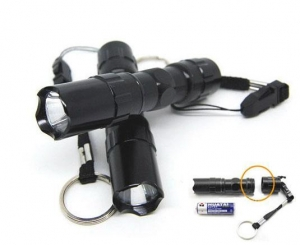 China Waterproof LED Flashlight With White Light on sale