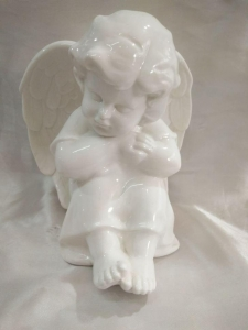 China Small ceramic angel figurines on sale
