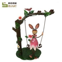 China Metal Flower Stand Custom Special Squirrel Iron Indoor metal animal sculptures on sale
